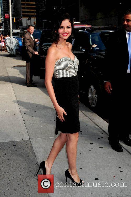 Selena Gomez and David Letterman 10
