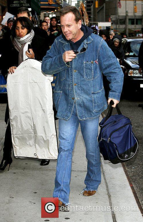 Kiefer Sutherland and David Letterman 21