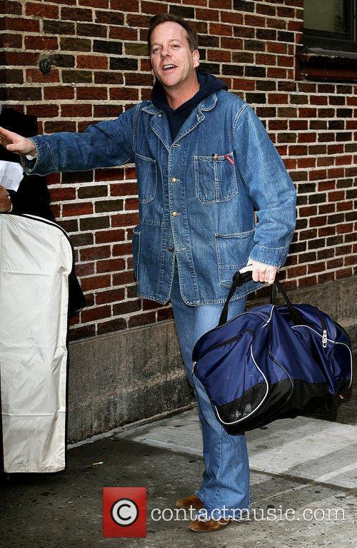 Kiefer Sutherland and David Letterman 26