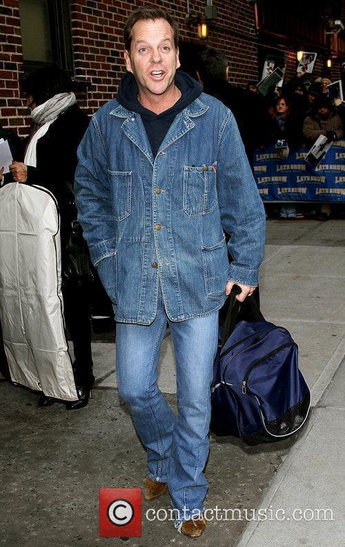 Kiefer Sutherland and David Letterman 27