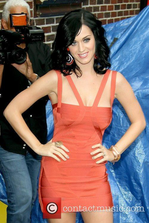Katy Perry and David Letterman 10