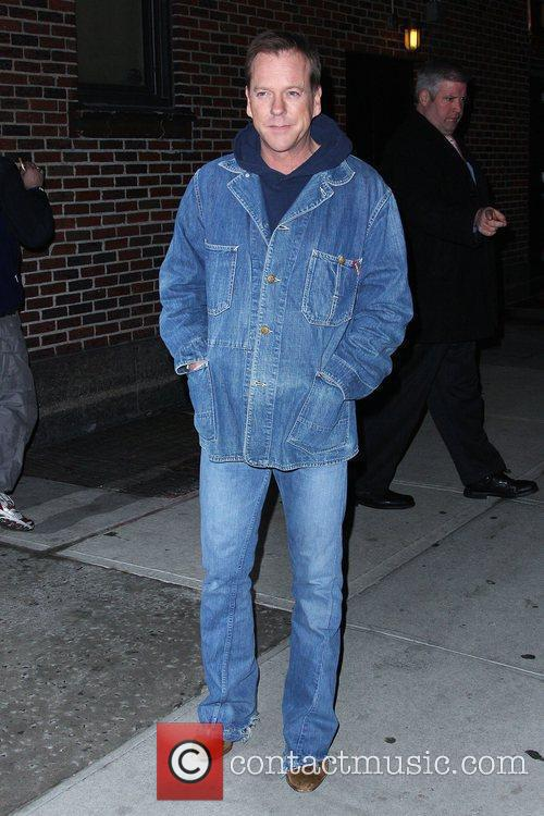 Keifer Sutherland and David Letterman 16