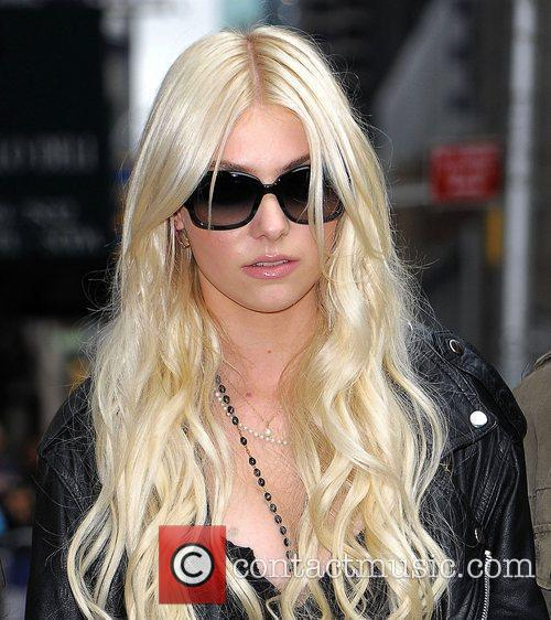 Taylor Momsen, David Letterman and The Pretty Reckless 4