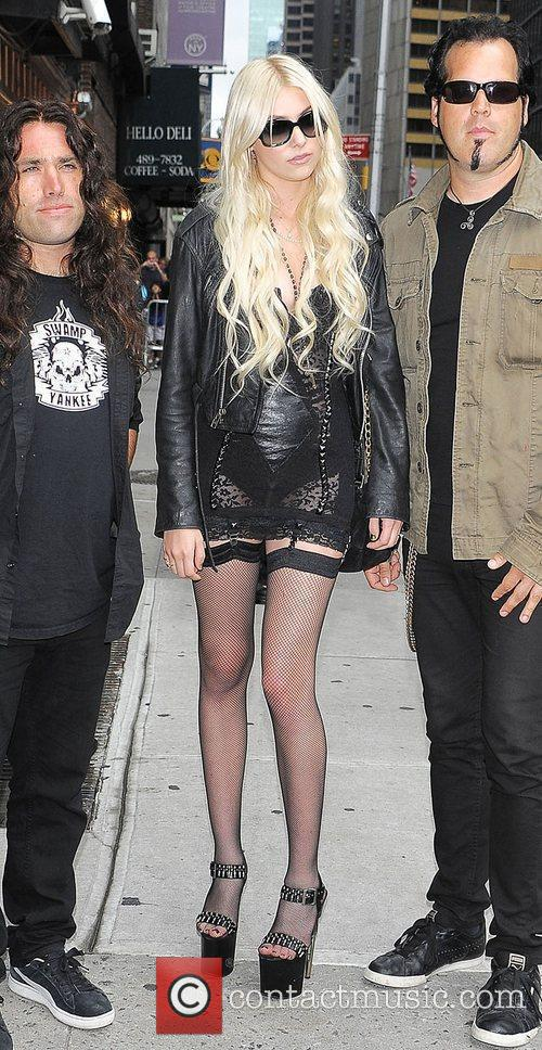 Taylor Momsen, David Letterman and The Pretty Reckless 1