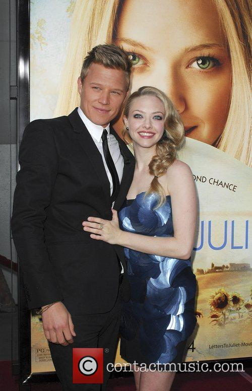 Christopher Egan and Amanda Seyfried 2