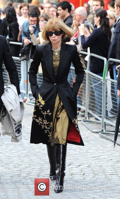 Anna Wintour London Fashion Week - Alexander McQueen...