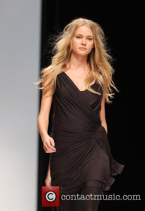 London Fashion Week Autumn/Winter 2010 - Amanda Wakeley...