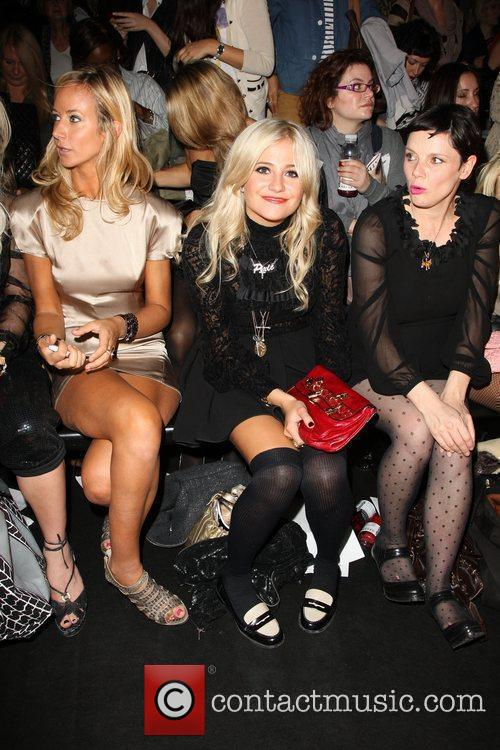 Lady Victoria Hervey and Pixie Lott 7