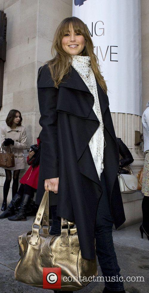 London Fashion Week Autumn/Winter 2010 - Celebrities Outside