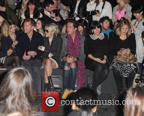 Pixie Geldof, Agyness Deyn, Jaime Winstone, Lily Allen and Nick Grimshaw 6