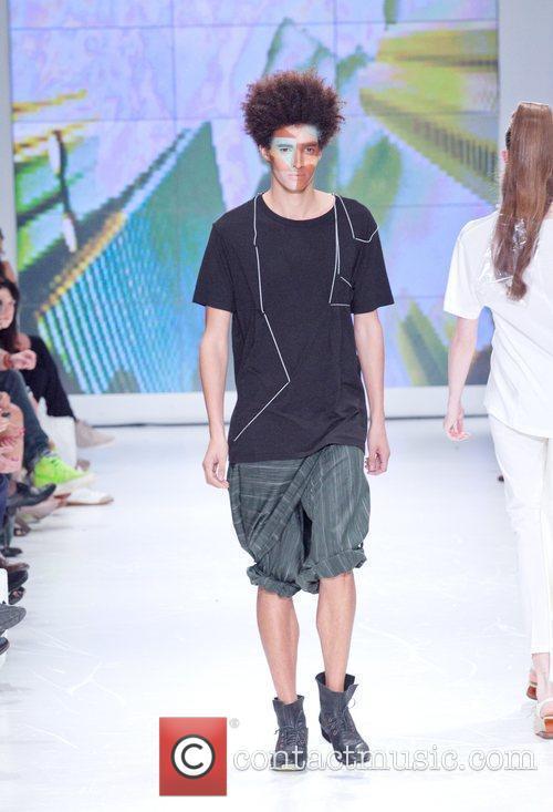 Lisbon Fashion Week Lidija Kolovrat Spring/Summer 2011- Catwalk...