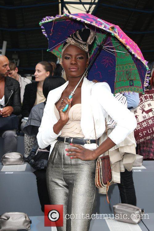 Shingai Shoniwa London Fashion Week Spring/Summer 2011 -...