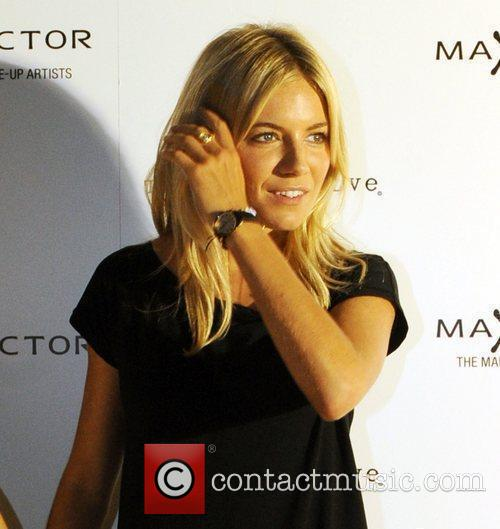 Sienna Miller London Fashion Week Spring/Summer 2011 -...