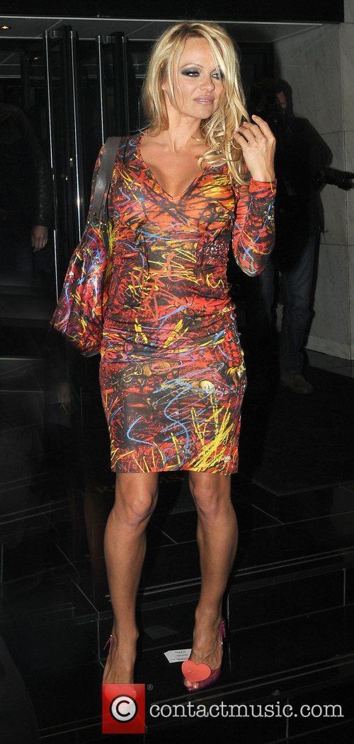 Pamela Anderson and Vivienne Westwood 10