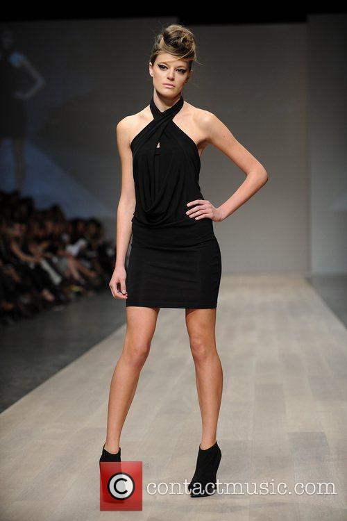 Model  LG Fashion Week Spring/Summer 2011 -Lauren...
