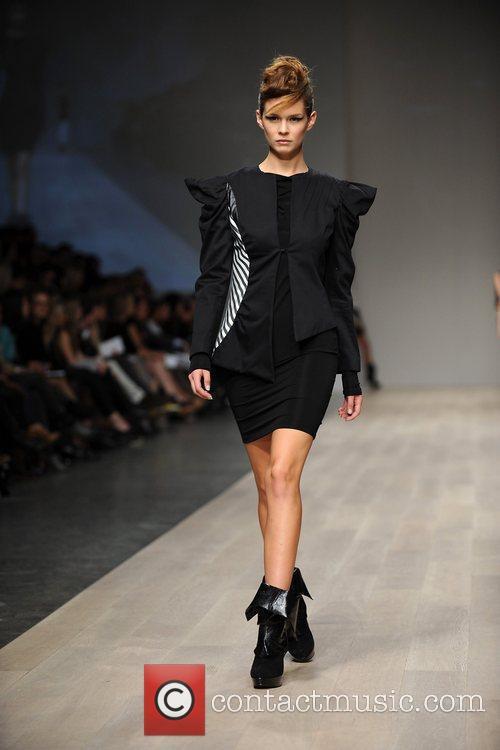 LG Fashion Week Spring/Summer 2011 -Lauren Bagliore -...