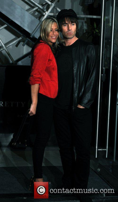 Liam Gallagher and Nicole Appleton 2