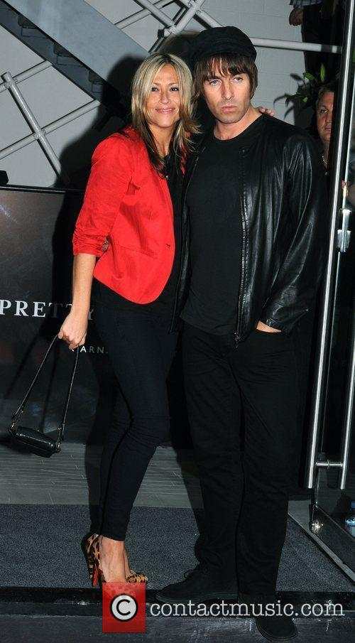 Liam Gallagher and Nicole Appleton 8