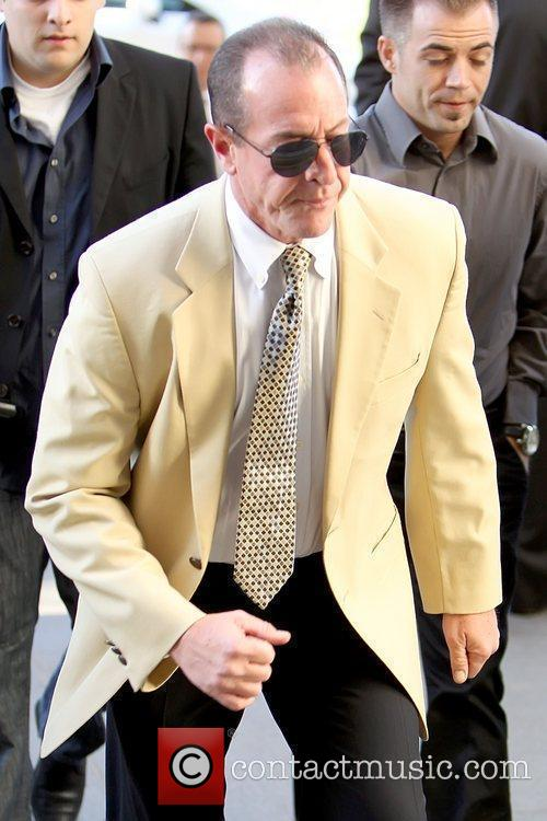 Arriving at Beverly Hills Courthouse for a hearing...