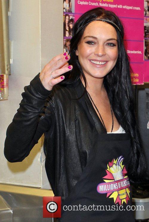 Lindsay Lohan and Ali Lohan 3