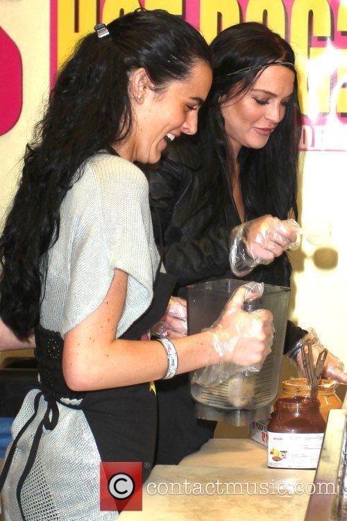Lindsay Lohan and Ali Lohan 31