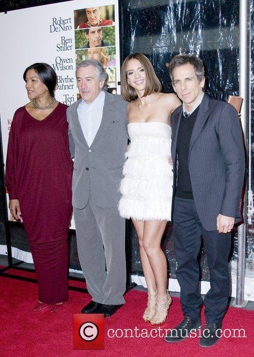 Grace Hightower, Ben Stiller, Jessica Alba and Robert De Niro 4