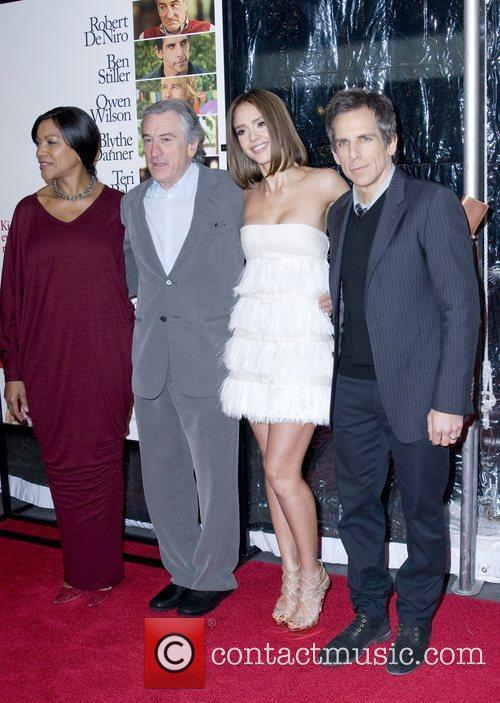 Grace Hightower, Ben Stiller, Jessica Alba and Robert De Niro 3
