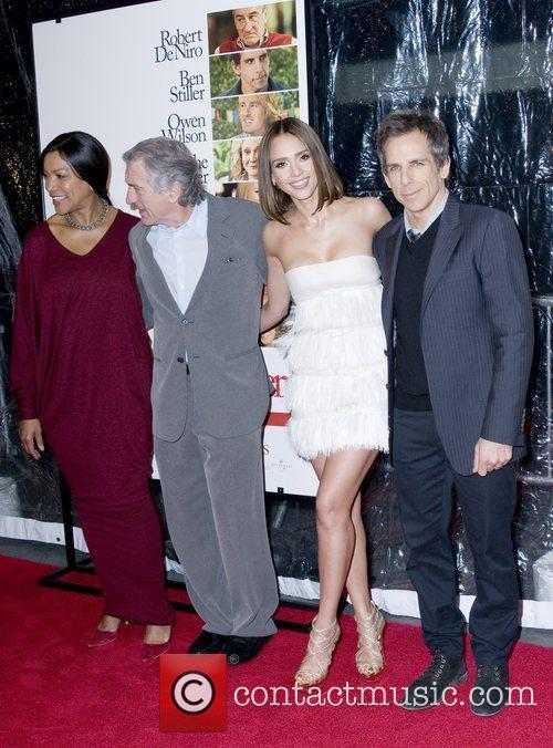 Grace Hightower, Ben Stiller, Jessica Alba and Robert De Niro 5