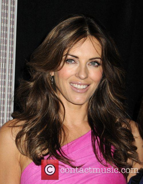 Elizabeth Hurley helps light the Empire State Building...