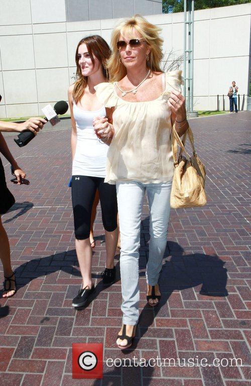 Ali Lohan and Lindsay Lohan 2