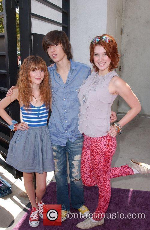 Bella Thorne, Remy Thorn and Dani Thorne Lollipop...