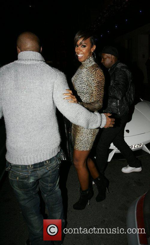 Kelly Rowland Celebrities out and about in London...