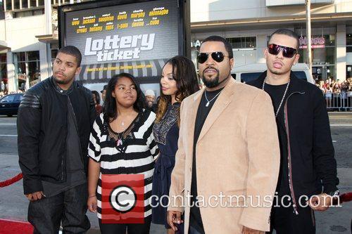 Ice Cube & Family   The World...