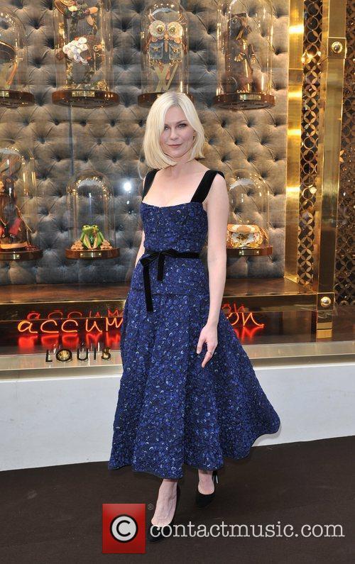 Kirsten Dunst Louis Vuitton unveils the New Bond...