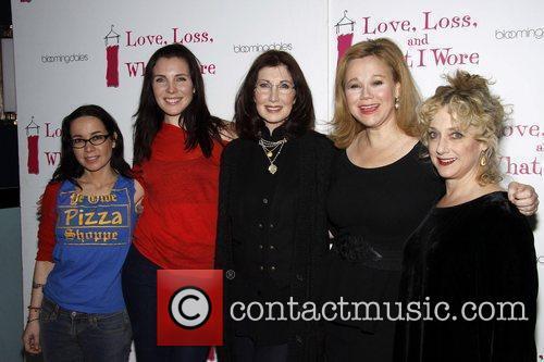 Janeane Garofalo, June Diane Raphael, Joanna Gleason, Caroline Rhea and Carol Kane 4