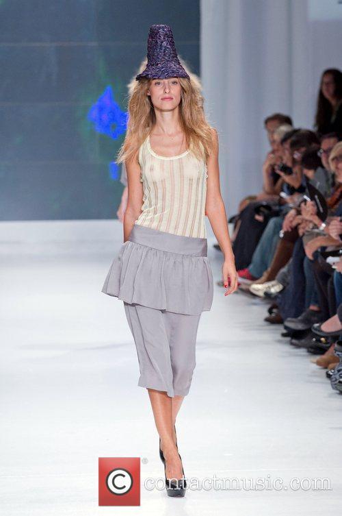 Model Lisbon Fashion Week Spring/Summer 2011 - Ricardo...