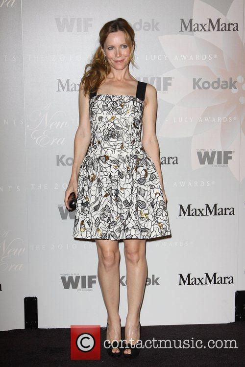 Leslie Mann 2010 Crystal + Lucy Awards: A...