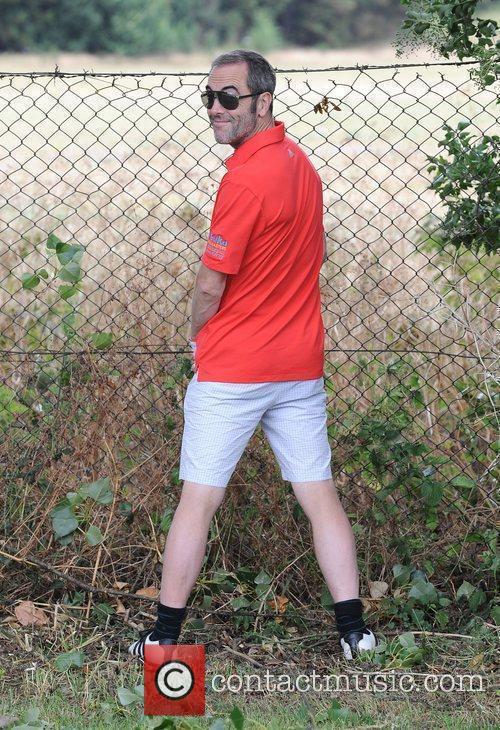 James Nesbitt takes a pee at the Leuka...
