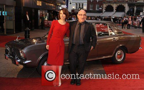 Sally Hawkins and Bob Hoskins 9