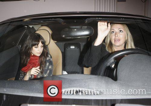 Nicole Richie laving Madeo restaurant with a friend...