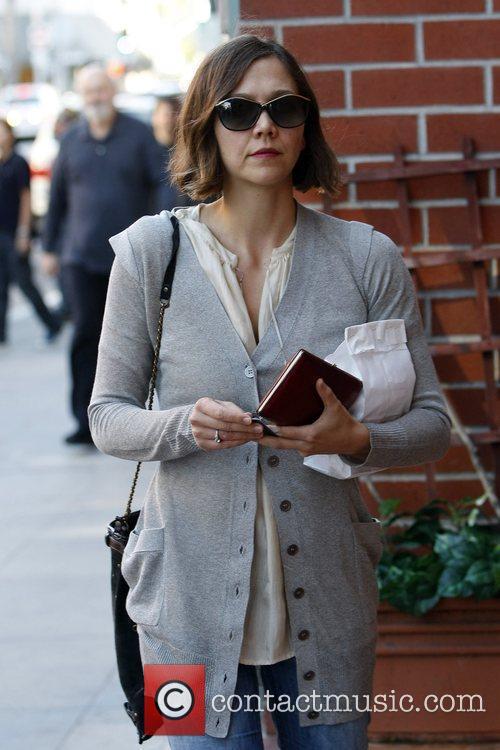 Maggie Gyllenhaal 7