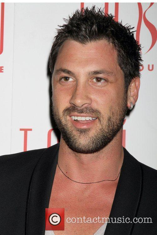 Maksim Chmerkovskiy and Dancing With The Stars 4