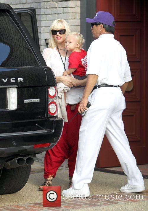 Singer Gwen Stefani and Gwen Stefani 2
