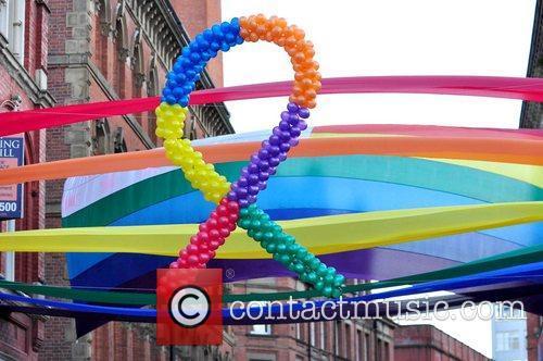 Belinda Carlisle kicks off Manchester Pride 2010 with...