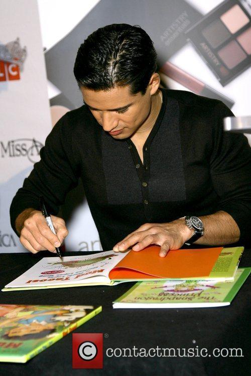 Mario Lopez 7