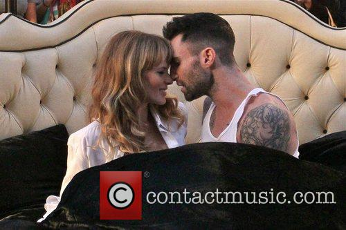 Adam Levine and Anne Vyalitsyna 4