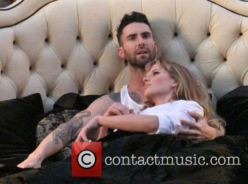 Adam Levine and Anne Vyalitsyna 5
