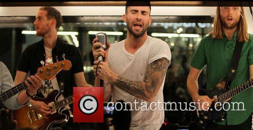 Adam Levine shooting scenes for Maroon 5's upcoming...