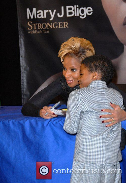 Mary J. Blige signs copies of her new...