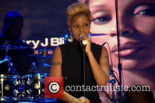 Mary J. Blige BET special ' Words and...